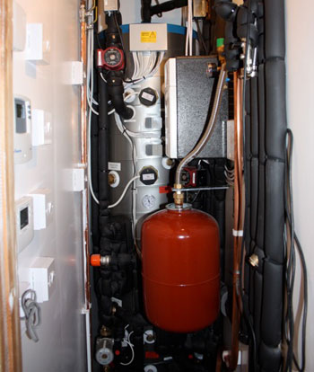 Thermal Heat Store Installation