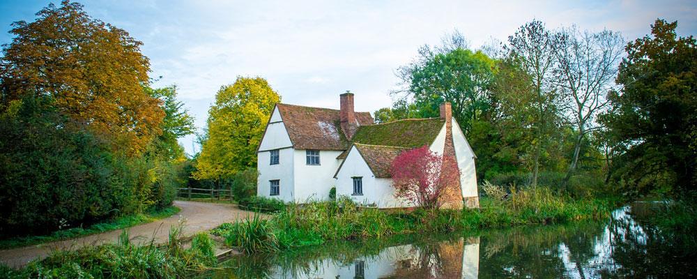 Scenic Cottage Near River